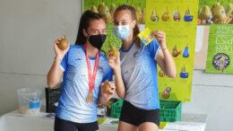 En la imagen, a la izquierda, Zaida Manzanero, recientemente proclamada campeona de Madrid sub 18, y a la derecha, Celia Marcos.